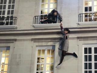 本田望結&紗来姉妹が現代アートを体験「どこにいるかわからなくて楽しい」と大はしゃぎ