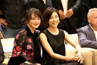 竹内結子&貫地谷しほり、史上初の女性版「シャーロック・ホームズ」に出演!
