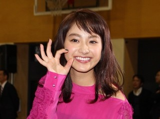中島健人「後で勉強教えてあげる」に女子高生200人大熱狂!