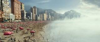 気象制御衛星が暴走、人も波も瞬間冷凍!「ジオストーム」戦慄の本編映像公開