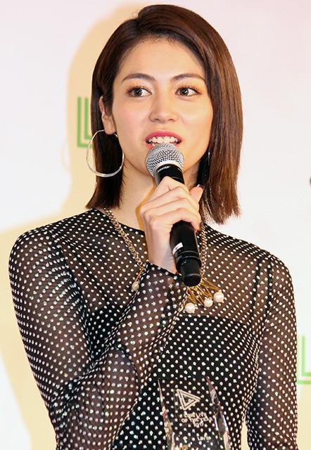 乃木坂・桜井「ハイテンションだった」LINE LIVEで受賞 生田はツッコミ「いつもよりしゃべっていた」 - 画像6