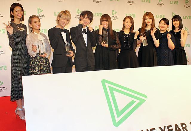 乃木坂・桜井「ハイテンションだった」LINE LIVEで受賞 生田はツッコミ「いつもよりしゃべっていた」 - 画像9