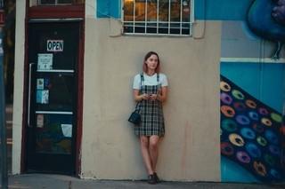 米批評サイトで新記録樹立!GG賞4部門候補「レディ・バード」6月公開決定