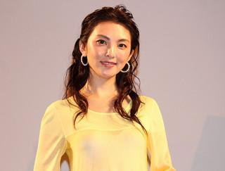 """田中麗奈、変わらぬ美ぼうの秘けつは""""潤い"""" ドレス姿に観客ため息"""