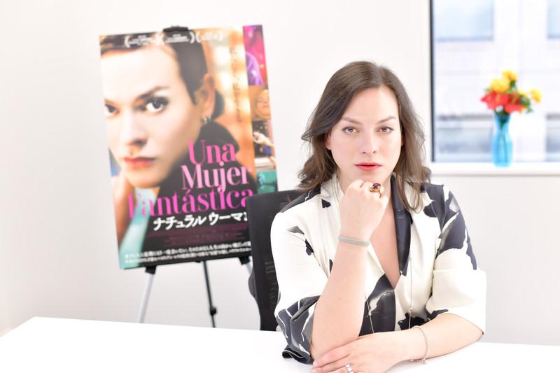 トランスジェンダー女性描いたオスカーノミネート作「ナチュラルウーマン」チリの主演女優が来日