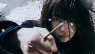 復讐鬼と化した美少女…血まみれの山田杏奈!「ミスミソウ」予告&劇中カット