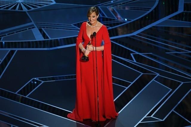 助演女優賞に輝いたアリソン・ジャネイ