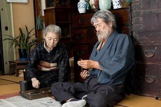 山崎努が文化勲章を辞退した伝説の画家に 樹木希林と夫婦役「モリのいる場所」予告編