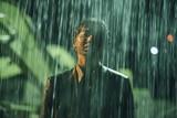桜田通、ずぶ濡れで低体温症寸前!? 主演映画「ラ」ビジュアル披露