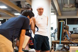 撮影現場に佇む北島直明氏「ちはやふる 結び」