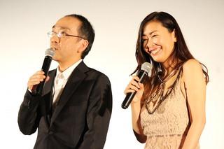 中山美穂、同い年の新垣隆氏とバンド結成!?「さっき楽屋で決まりました」
