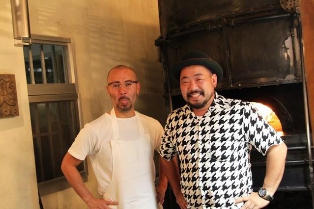 笑顔を浮かべる武安さんと仲村さん
