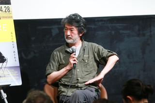 美術館を舞台にした作品について語った会田誠氏「ザ・スクエア 思いやりの聖域」