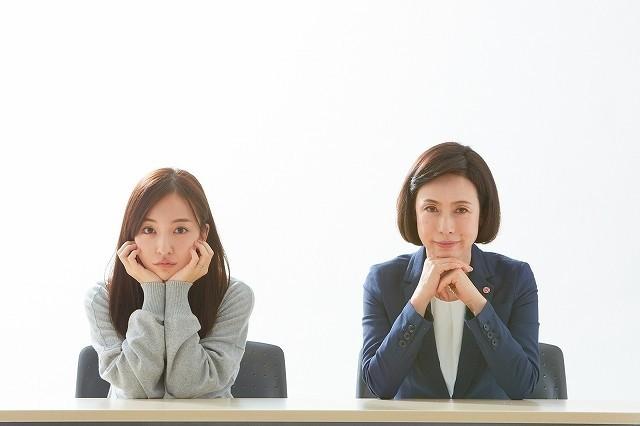 元「AKB48」の板野友美とダブル主演!