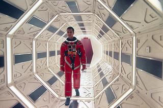 カンヌでお披露目「2001年宇宙の旅」
