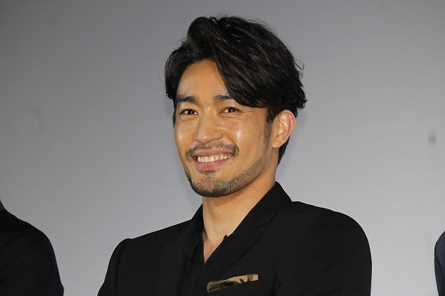 """大谷亮平、初主演映画で""""鉄の男""""貫く!でも強面に囲まれ「威圧されることも…」"""