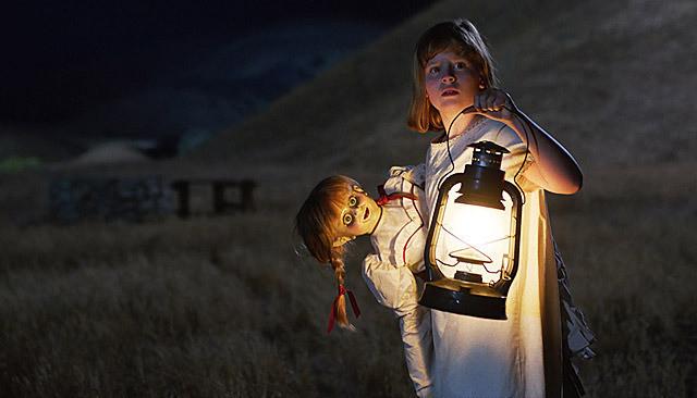 「アナベル 死霊人形の誕生」の一場面