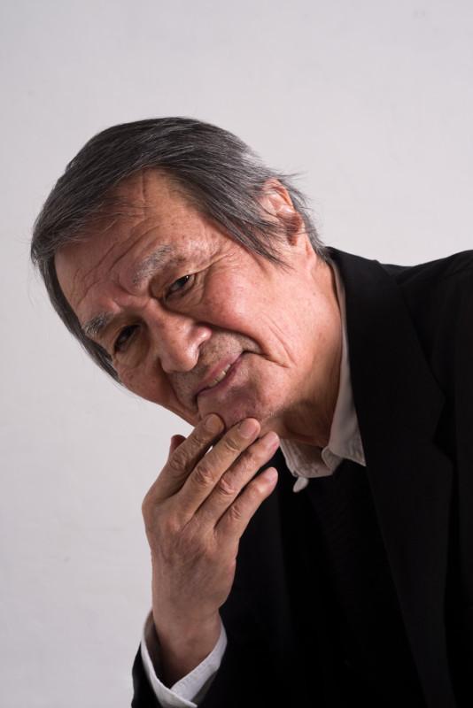 伝説の画家と呼ばれる熊谷守一を演じた山崎努