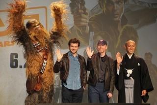 """SWを""""ひとりで背負った""""若き日のハン・ソロ俳優をロン・ハワード監督が大絶賛"""