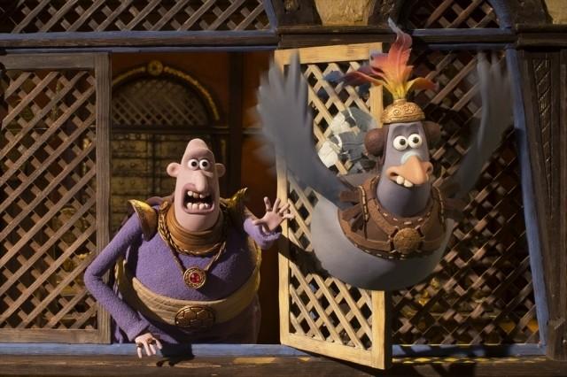トム・ヒドルストンのテンパり演技が新鮮!「アーリーマン」本編爆笑シーン映像