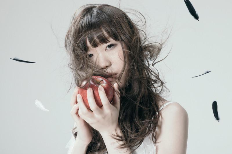 土屋太鳳×芳根京子主演「累」主題歌は注目の歌手Aimer!実写映画主題歌に初挑戦