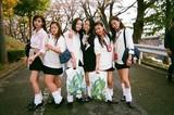 """コギャル・広瀬すず、""""写ルンです""""にピース!「SUNNY」メイキングカット初公開"""