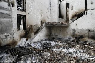 ギリシャの大火事でテオ・アンゲロプロス監督の別荘が全焼