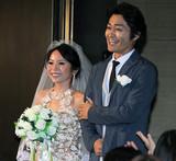 安田顕、人生初バージンロードに感涙!? 新婦シトイとも相思相愛