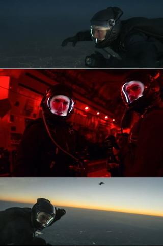 トム・クルーズ、高度8000mから降下!「ミッション:インポッシブル」極限スタント映像