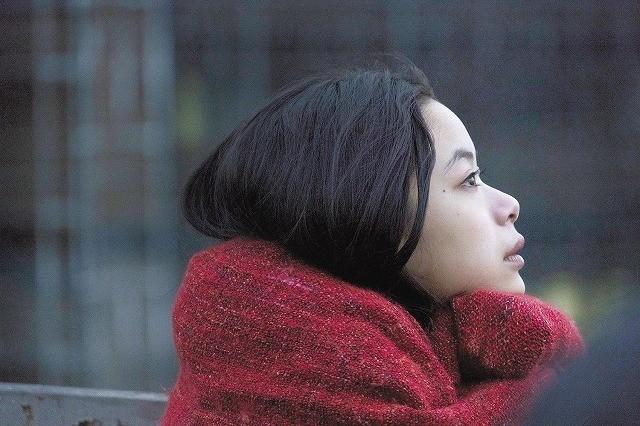 趣里×菅田将暉×仲里依紗「生きてるだけで、愛。」切なさがこみ上げる場面写真披露