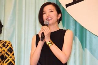 前田敦子、幸せあふれた「食べる女」撮影現場で小泉今日子の追っかけに!?
