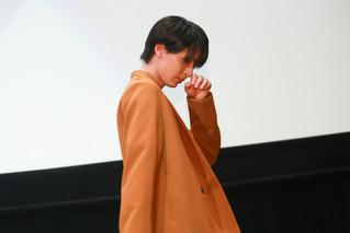 「キミスイ」アニメ版公開 声優挑戦の高杉真宙が涙…