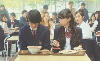 中条あやみの告白に佐野勇斗「ごめんなさい」 「3D彼女」本編映像公開