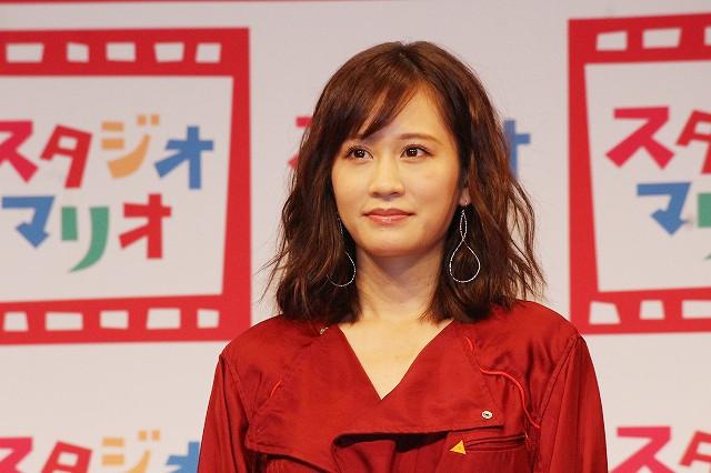 第1子妊娠発表後、初めて公の場に登場した前田敦子