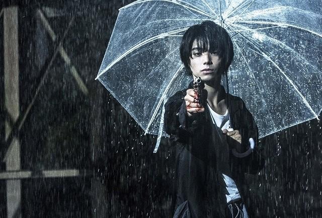 村上虹郎の色気と狂気… 主演作「銃」破滅にひた走る予告編が披露