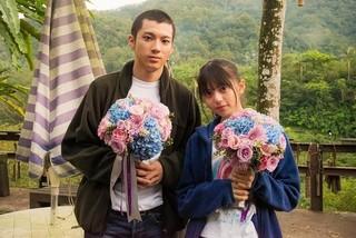 山田裕貴&齋藤飛鳥が感涙!「あの頃、君を追いかけた」クランクアップの瞬間とらえた映像公開
