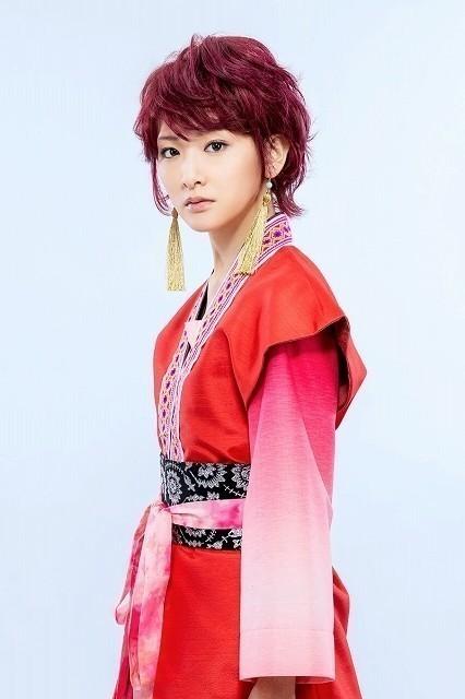 舞台「暁のヨナ」で主人公ヨナを演じる生駒里奈