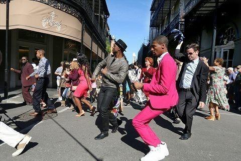 アロー・ブラックが全米各地の音楽文化に触れる