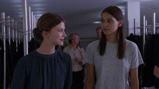 女性同士の許されぬ恋…「テルマ」禁断のキスシーン公開
