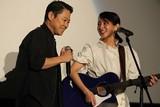 吉岡里帆「音タコ」主題歌を生披露! 阿部サダヲの歌唱力に「マジ、尊敬っす」