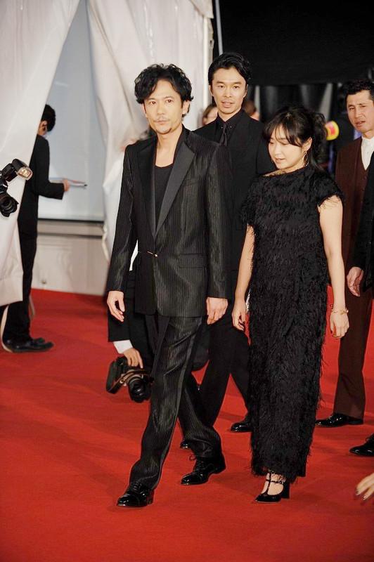 レッドカーペットを歩き、大歓声を浴びた稲垣吾郎