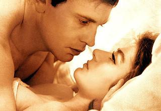 「男と女」「ある愛の詩」仏作曲家フランシス・レイ氏死去