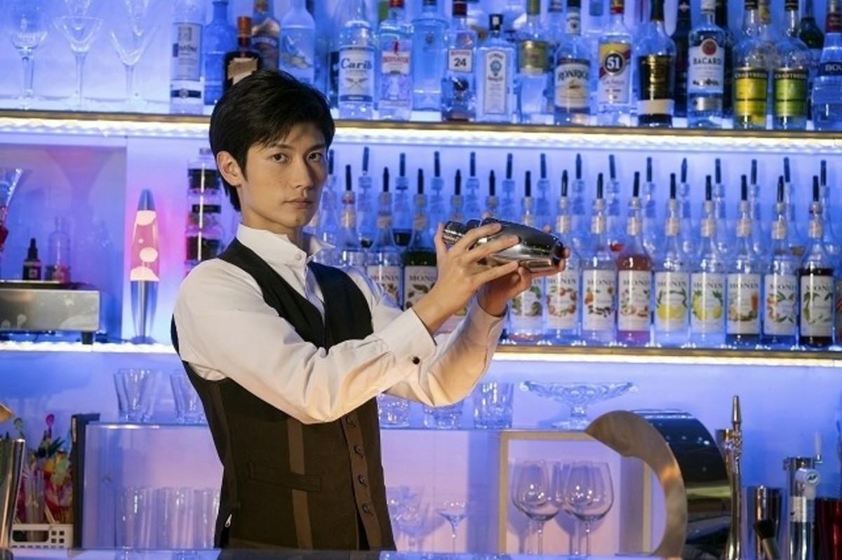 三浦春馬、バーテンダー役に初挑戦!東野圭吾「ダイイング・アイ」が ...