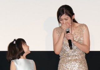 篠原涼子、娘を演じた子役の手紙に感涙「私も幸せだった」