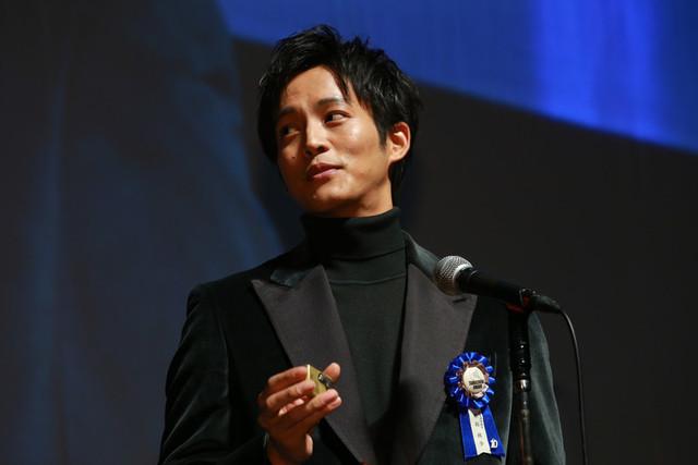 チーフマネージャーへの感謝を 語った松坂桃李