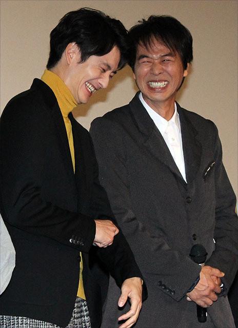 親子を演じた岡田将生と時任三郎