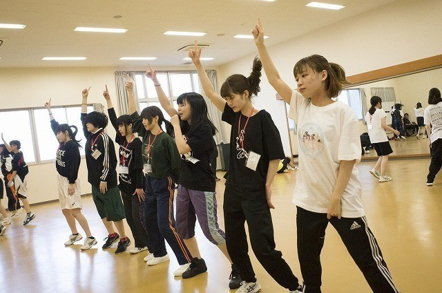 九州の離島で行われた7日間の アイドルオーディション合宿