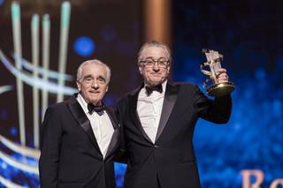 マラケシュ映画祭でスコセッシがデ・ニーロに栄誉賞授与 ベルトルッチを追悼