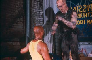 カルト映画の金字塔がハリウッドリメイク「悪魔の毒々モンスター」