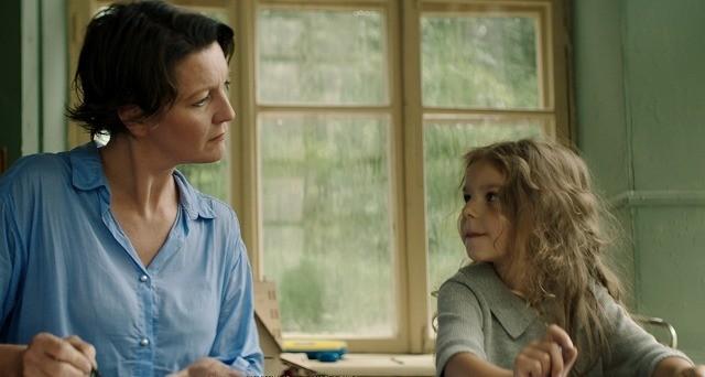 アカデミー賞アイスランド代表作「たちあがる女」3月公開 J・フォスターがリメイク権獲得